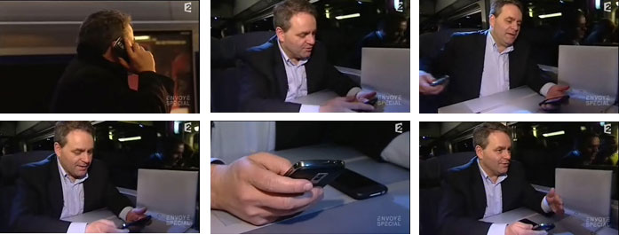 Xavier Bertrand et son blackberry